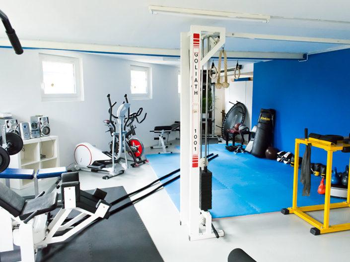 studio fitness dancing. Black Bedroom Furniture Sets. Home Design Ideas